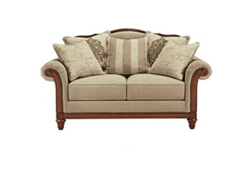 Berwyn View Loveseat